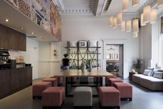 Espresso lounge